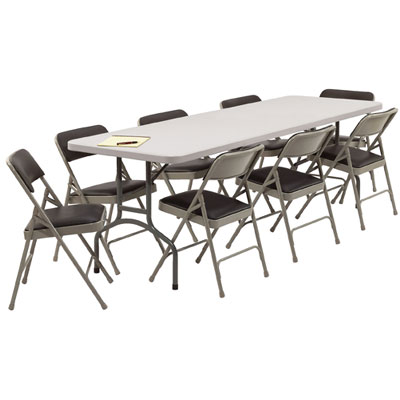tablechairs